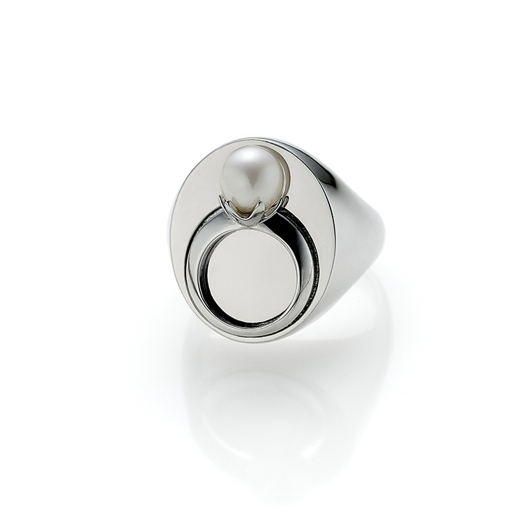 Variation Ava: Pearl Ring