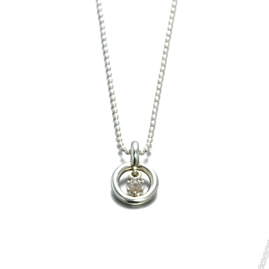 Oo Necklace: Grey Diamond